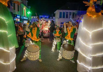 parade lumineuse batucada lumineuse sous les tropiques compagnie wim percussion